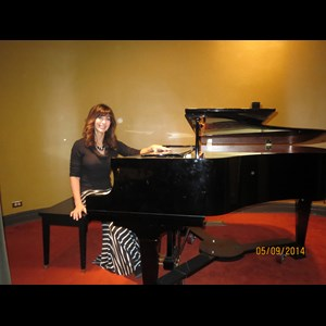 Garland Pianist | Tracy Hales Cope, Pianist