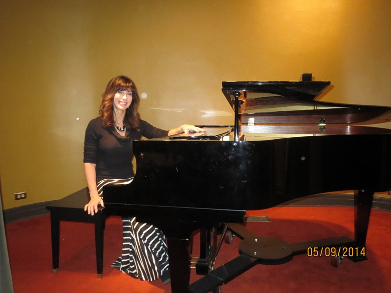 Tracy Hales Cope, Pianist - Pop Pianist - Pleasant Grove, UT