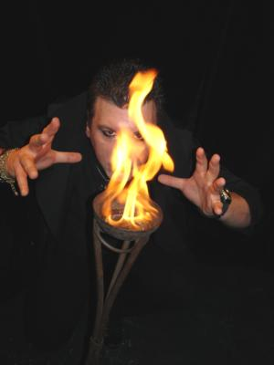 Aedryan Methyus | Pittsburgh, PA | Magician | Photo #25
