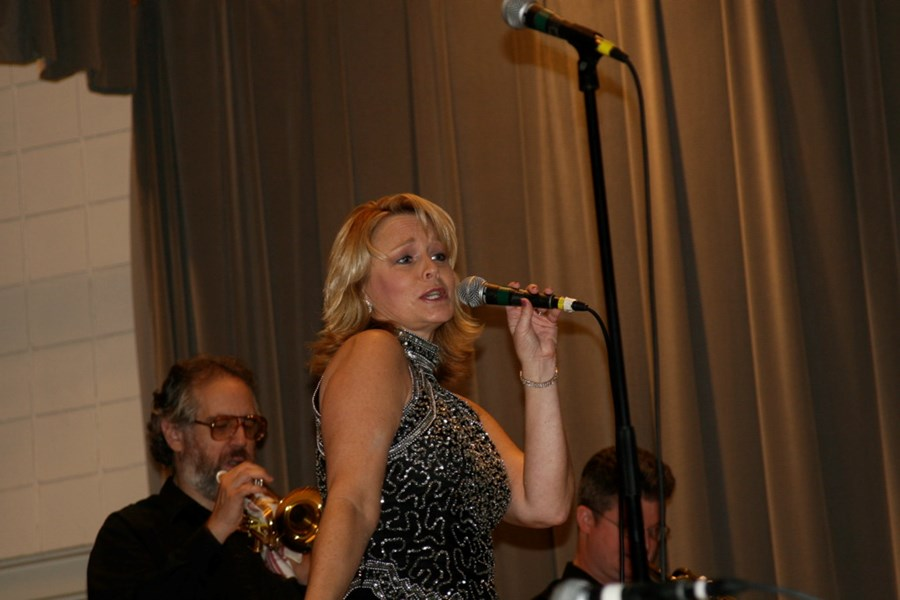 Connie Pelesh w/ UpFront - Dance Band - Media, PA
