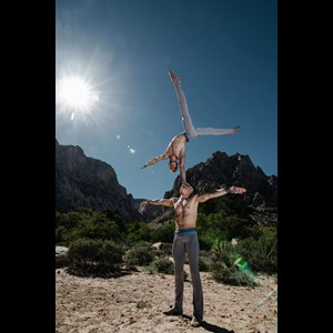 Anchorage Human Statue | Acro-duo entertainment