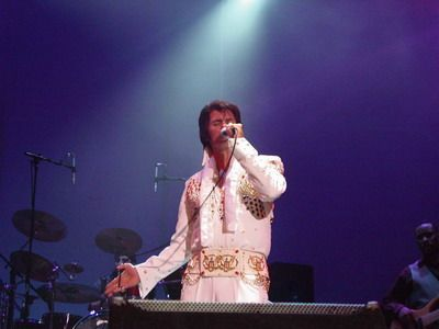 Walt Sanders | Bellevue, OH | Elvis Impersonator | Photo #4