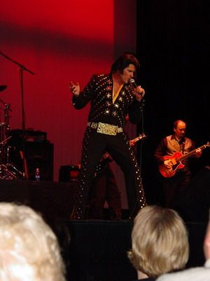 Walt Sanders | Bellevue, OH | Elvis Impersonator | Photo #8