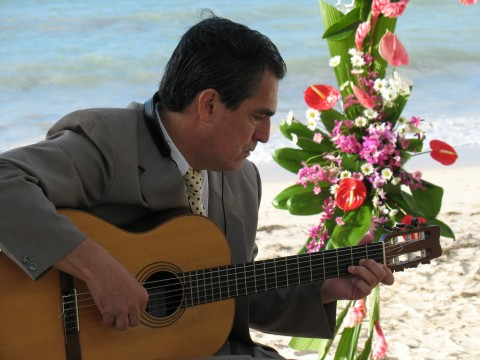 Julio Patino - Italian Singer - North Hollywood, CA
