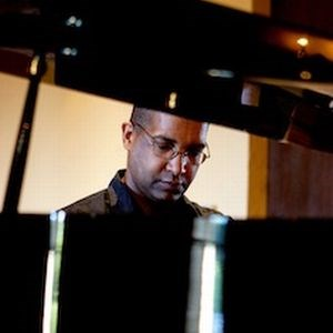 Aromas Jazz Musician | Lee Allen - Pianist