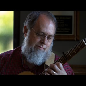 Buttonwillow Acoustic Guitarist | Tom Renaud