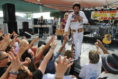 Chris Luna - A Tribute To ELVIS!  | Los Angeles, CA | Elvis Impersonator | Photo #21