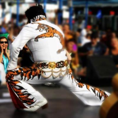 Chris Luna - A Tribute To ELVIS!  | Los Angeles, CA | Elvis Impersonator | Photo #3