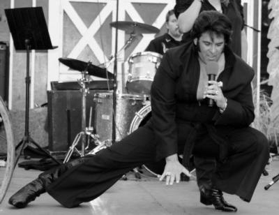 Chris Luna - A Tribute To ELVIS!  | Los Angeles, CA | Elvis Impersonator | Photo #18