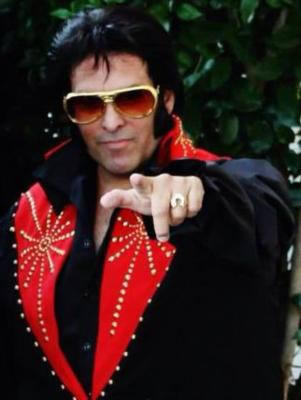 Chris Luna - A Tribute To ELVIS!  | Los Angeles, CA | Elvis Impersonator | Photo #4