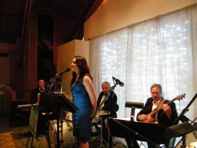 Lizz & Rex Review - Elizabeth Hayes Voice | Dayton, OH | Jazz Trio | Photo #4