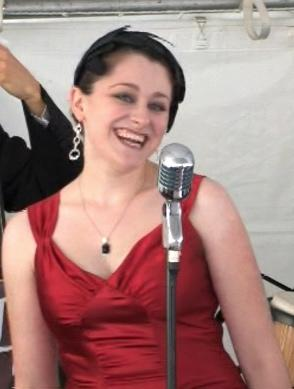 Lizz & Rex Review - Elizabeth Hayes Voice | Dayton, OH | Jazz Trio | Photo #2