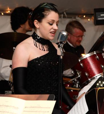 Lizz & Rex Review - Elizabeth Hayes Voice | Dayton, OH | Jazz Trio | Photo #23