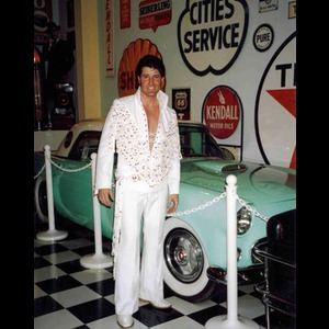North Palm Beach Elvis Impersonator | Dan Cunningham As Elvis