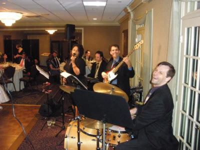 Total Groove | Boston, MA | Dance Band | Photo #2