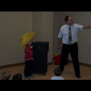 Davenport Magician | The Magic Of Brian Holt
