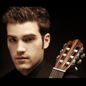 Dover Classical Guitarist | Rich Barry