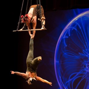 Chicago, IL Circus Performer | Aloft Circus Arts