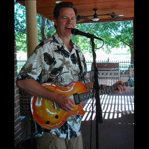 Chestnut Wedding Singer | Riley Wilson/Singer/Guitarist/One Man Band