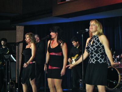 The Glamour Girls | Wethersfield, CT | Dance Band | Photo #9