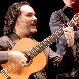 St Petersburg Classical Guitarist | Eddy Lugo