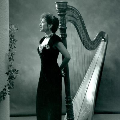 Joanna Mell | Corona, CA | Classical Harp | Photo #2