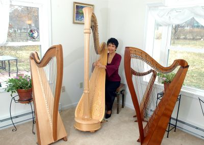 Joanna Mell | Corona, CA | Classical Harp | Photo #3