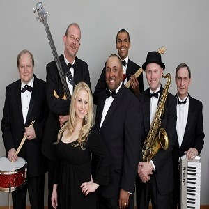 Newport Center 90s Band | The Soul Sensations