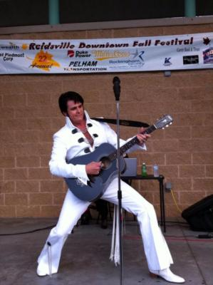 Wayne's Elvis Show | Greensboro, NC | Elvis Impersonator | Photo #9
