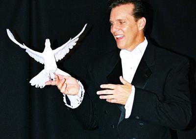 Amazing Illusionist James Kellogg Jr. #1 in FUN! | Dana Point, CA | Illusionist | Photo #9
