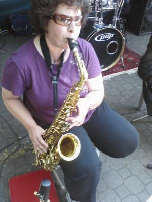 Barbette Falk | Portland, OR | Jazz Saxophone | Photo #2
