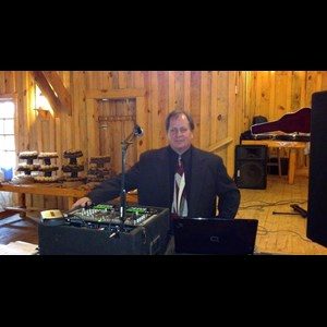 Rosebud Mobile DJ | Pro Emcee and Pro DJ Entertainment