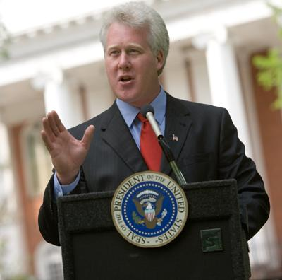 Scott Rogers as Bill Clinton's Main Photo