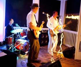 E3 | Arrington, VA | Cover Band | Photo #2