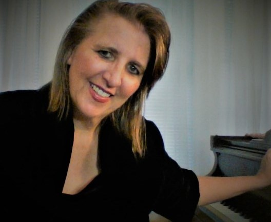 Lisa Erhard/ Keyboard/Piano/Vocals - Pianist - Asheville, NC