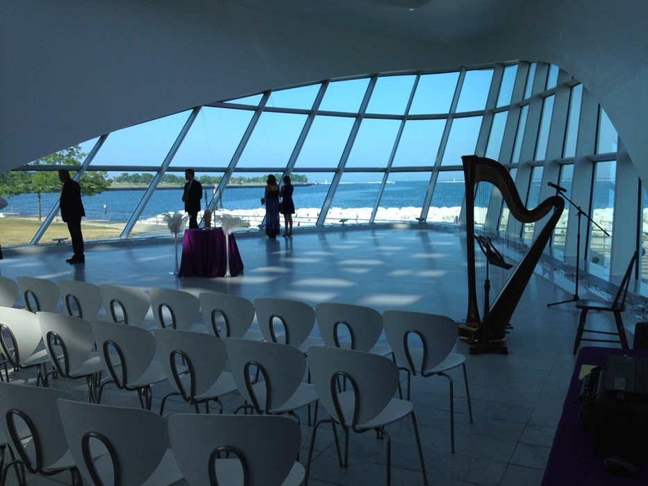 Wedding at Milwaukee Art Museum