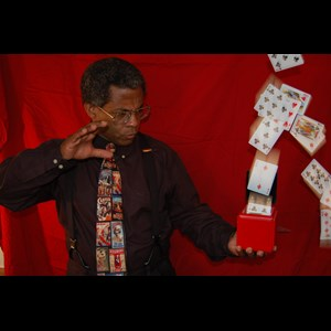 Cincinnati Magician | Terry Francis - Purveyor Of Magic & Mystery