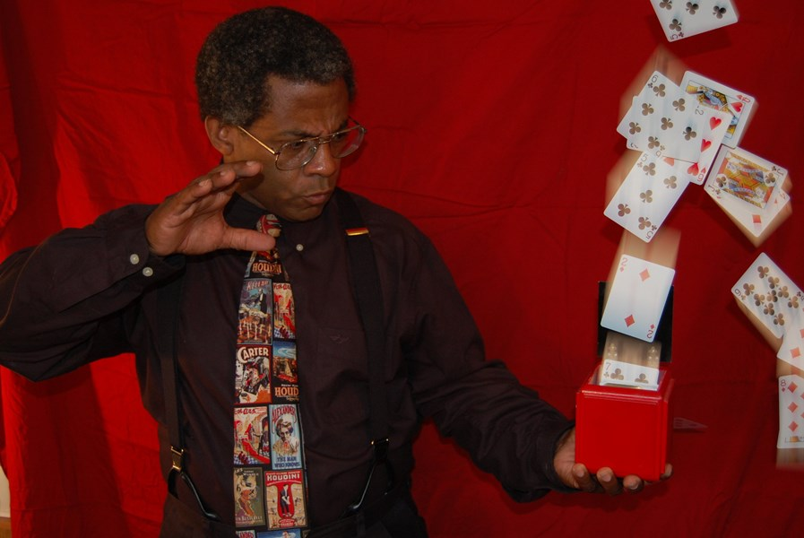 Terry Francis - Purveyor Of Magic & Mystery - Magician - Covington, KY