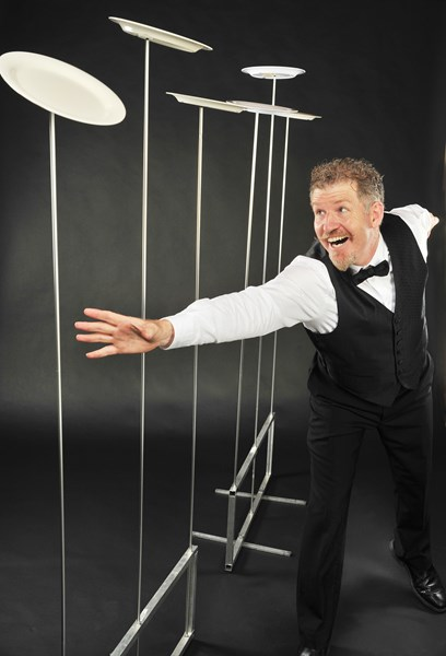 Comedy Juggler John Park, with a waiter theme! - Comedian - Toronto, ON