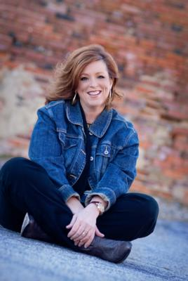 Kelly Swanson | High Point, NC | Motivational Speaker | Photo #4