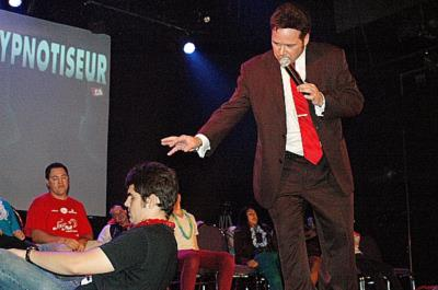 Multimedia Stage Hypnotist Experience | Montreal, QC | Hypnotist | Photo #7