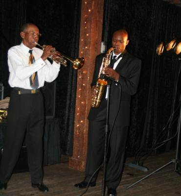 Silk E Smooth Show Band | Birmingham, AL | Motown Band | Photo #21