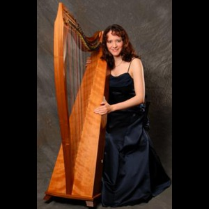 Estero Harpist | Cloud Nine Harp / Laura Cole