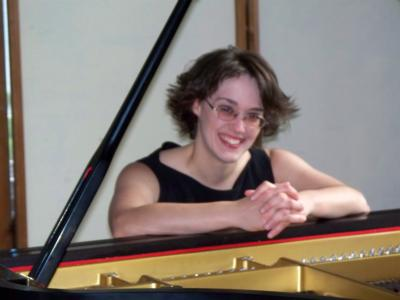 Stephanie Abigail Emberley | Wenham, MA | Classical Piano | Photo #1