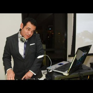 Llano Latin DJ | WOW! DJ Entertainment