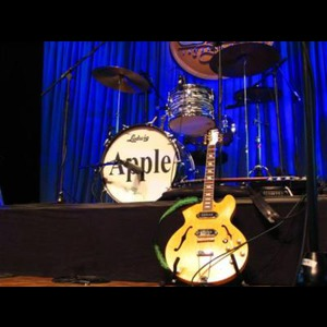 APPLE - A TRIBUTE TO THE BEATLES - Beatles Tribute Band - San Fernando, CA