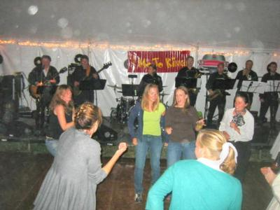 The Fabulous Philadelphia Mojo Kings Dance Band | Philadelphia, PA | Cover Band | Photo #7