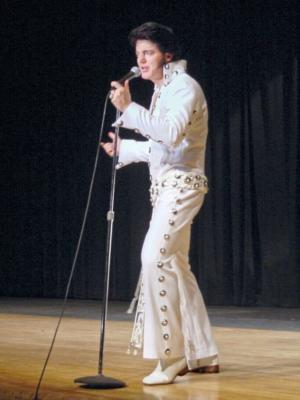 Caesare Belvano: The Dream King | Akron, OH | Elvis Impersonator | Photo #25