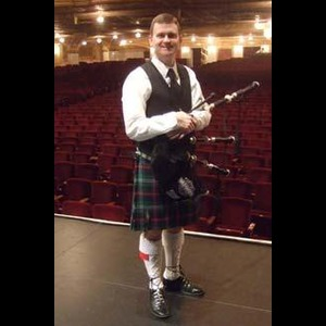 Bay Village Bagpiper | Stephen Holter