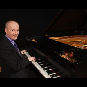 Silver Lane Pianist | Mike Mcgrath